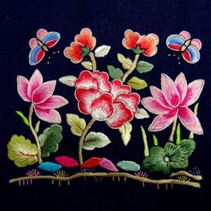 The Beauty of Japanese Embroidery - Embroidery Patterns Embroidery Neck Designs, Cutwork Embroidery, Learn Embroidery, Embroidery Thread, Embroidery Patterns, Machine Embroidery, Cross Stitch Thread, Chinese Patterns, Chinese Embroidery