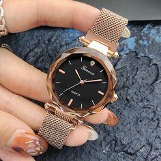 448c785627b7 Reloj de pulsera de cuarzo de malla de acero inoxidable de mujer de cristal  de oro