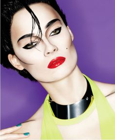 Very Nagel Inspired - Intense black lines with bold red lip