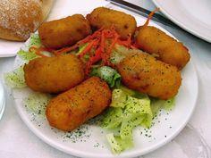 Green Grandma's Chicken or Turkey Croquettes Ham Croquettes Recipe, Turkey Croquettes, Salmon Croquettes, Potato Croquettes, Chicken Croquettes, Dutch Croquettes, Potato Dishes, Potato Recipes, Empanadas
