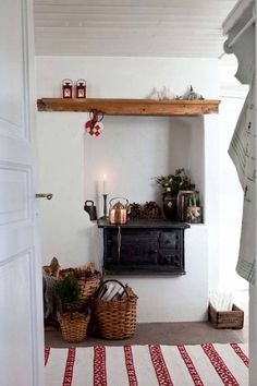 Home Decoration Ideas Interior Design 30 Dreamiest Farmhouse Kitchen Decor and Design Ideas Out of Style Rustic House, Decor, Interior Design, Scandinavian Kitchen, Home, Interior, Farmhouse Kitchen Decor, Christmas Kitchen, Home Decor