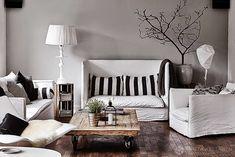 Dette smukke hjem tilhører Anita Skytte som er brand og sales manager hos TineKhome og derfor er der naturligvis også mange af de...