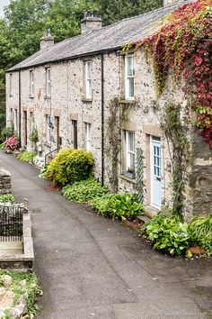 Pretty cottages in Ingleton, Yorkshire Dales National Park, England