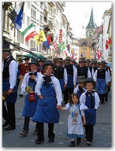 Zürich -spring festival (Sechselauten)