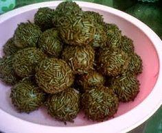 Aneka Resep Kue Kering - Resep Kue Kering Coklat Bola Mesis Ceres. Satu lagi Resep Kue Kering yang kami posting sangat mudah untuk dipraktekkan dirumah masing-masing.