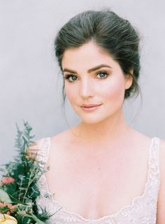 Love her makeup!! – Hair and Makeup for a Fine Art Bride from Rouge Workshop Image source You HAVE to watch this. Image source How To : Basic Contour Makeup Tutorial Image source Sia's House of Style: Simple but Dramatic… Continue Reading →