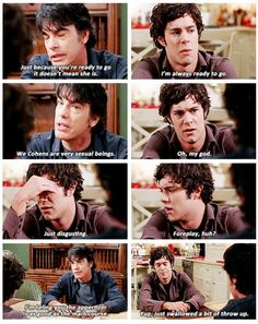 The O.C. Seth Cohen (Adam Brody) and Sandy Cohen (Peter Gallagher).