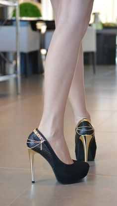 heels - black shoes - salto alto - golden - correntes - Inverno 2015
