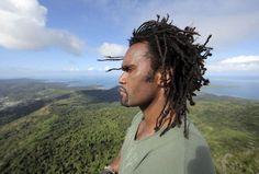 Des îles et des hommes sur Planète : Christian Karembeu, kanak et ...
