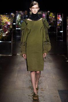 2017春夏プレタポルテ - ドリス ヴァン ノッテン(DRIES VAN NOTEN) ランウェイ コレクション(ファッションショー) VOGUE JAPAN