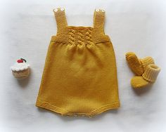 Knitted baby dress, vest, cardigan, sweater, overalls patterns Knitted baby d… – Bebek Yelek Modelleri Knit Baby Dress, Knitted Baby Clothes, Baby Cardigan, Knitting For Kids, Baby Knitting, Crochet Bebe, Knit Crochet, Fashion Kids, Baby Overall