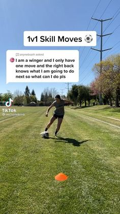 Soccer Footwork Drills, Soccer Practice Drills, Football Training Drills, Basketball Workouts, Sports Training, Soccer Videos, Soccer Gifs, Football Techniques, Football Tricks