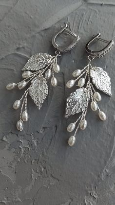 Bridal pearl branch earrings with leaves, wedding twig earrings with pearls and cubic zirconia, Wedding white earrings, bridal jewelry set / Buy on Etsy / EDAccessory, Ready to ship! Jewelry Tags, Pandora Jewelry, Fine Jewelry, Jewelry Making, Unique Jewelry, Jewelry Crafts, Personalized Charms, Bridesmaid Jewelry, Vintage Costume Jewelry