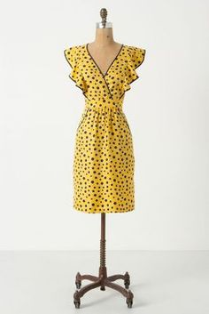 Not a fan of yellow, but I love this Sausalito V-Neck Dress.