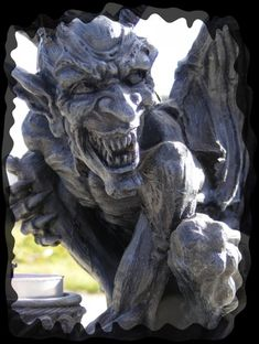 creepy face gargoyle ..rh