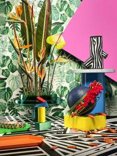 Stijltrend More is More Mooiwatbloemendoen. Tropical Colors, Home Deco, Interior Styling, Vivid Colors, Urban, Flowers, Red, Prints, Inspiration