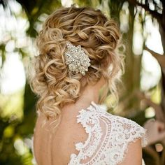 lovely hair and dress