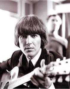 The Beatles - George Harrison George Harrison, Paul Mccartney, Les Beatles, John Lennon Beatles, Beatles Art, Stevie Ray Vaughan, Lindsey Stirling, David Gilmour, Ringo Starr