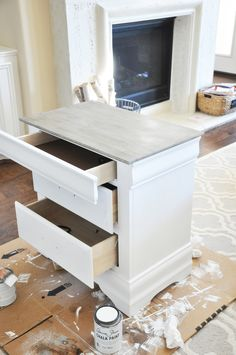 Nightstand Chalk Paint Tutorial — The Grace House – Furniture Makeover & Furniture Design Chalk Paint Tutorial, Redo Furniture, Refurbished Furniture, Painted Furniture, Furniture Makeover Diy, Chalk, Paint Furniture, Furniture Rehab, Painted Night Stands