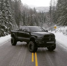 Blacked out lifted ram 2500 cummins diesel (one of my favorite trucks I've seen on the internet)