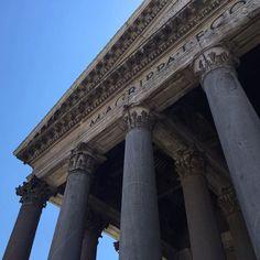 A imponência de Roma. #roma #rome #receitaitaliana #receitas #receita #recipe #ricetta #cibo #culinaria #italia #italy #cozinha #belezza #beleza #viagem #travel #beauty #buongiornoroma #thisisrome #igersroma #lamiaroma #romaandyou #noidiroma #pantheon #cielo #sky #ceu by receitaitaliana http://ift.tt/22krxLk