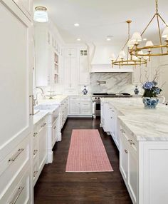This his weeks favorites are up on Beckiowens.com!! Currently using this clean, classic + timeless white and marble kitchen as inspiration! The Fox Group.