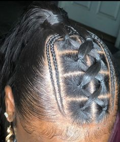 Excellent Images Straight Hairstyle baddie Ideas A patented especially easy porc. - - Excellent Images Straight Hairstyle baddie Ideas A patented especially easy porcelain ceramic number plates in hair straightener hair straighteners p Weave Ponytail Hairstyles, Ponytail Styles, Baddie Hairstyles, Sleek Ponytail, Straight Hairstyles, Curly Hair Styles, Natural Hair Styles, Stylish Hairstyles, Rubber Band Hairstyles