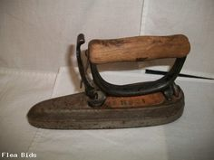 Antique Sad Iron Sensible No 1 Detachable Handle