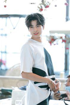 Perm Hair Men, Thailand Wallpaper, Bl Comics, Cute Asian Guys, Thai Model, Cute Disney Wallpaper, Thai Drama, Mystery Thriller, Cute Actors