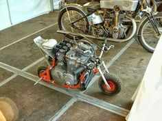 Heck with MotoGP bikes. This is serious power to weight ratio! A scooter monkey bike with a huge motorcycle engine. Custom Motorcycles, Custom Bikes, Cars And Motorcycles, Custom Choppers, Moto Bike, Motorcycle Bike, Dh Velo, Image Moto, Mini Moto