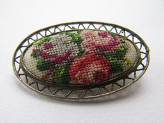 Vintage Art Déco brooch by MontmartreVintage on Etsy