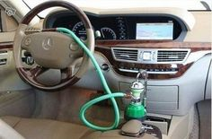 Driving with a hookah = BOSS.