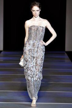 Giorgio Armani Spring 2012 Ready-to-Wear Fashion Show - Alina Baikova