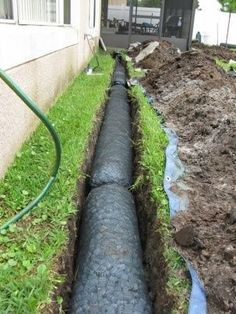 There are lots of Americans who suffer with drainage issues on their property. There are all sorts of angles you can take when addressing a drainage issue on your property. Backyard Drainage, Gutter Drainage, Landscape Drainage, Backyard Landscaping, Rock Drainage, Inexpensive Landscaping, Rain Garden, Lawn And Garden, French Drain Installation