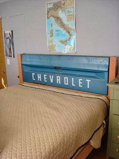 Home Decor Ideas: Tailgate headboard, perfect for a little boys room