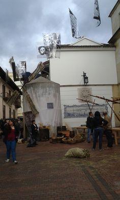 Celebración del V Centenario de Shakespeare y Miguel de Cervantes, Teatro de Colón frente a la Cancillería, Bogotá-Colombia.