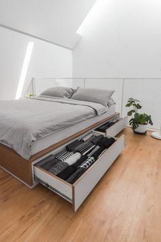 증축을 염두에 두고 지은, 신혼부부의 미니멀리즘 주택, MO House : 네이버 블로그 Duplex Design, Tiny House Design, Small House Furniture, Surf Room, Journal Du Design, Modern Spaces, House And Home Magazine, New Room, Minimalist Home