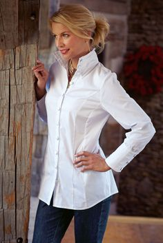 Shirt Huntleigh Shirt from Soft Surroundings.perfect with some skinnies and boots!Huntleigh Shirt from Soft Surroundings.perfect with some skinnies and boots! Black Long Sleeve Shirt, Long Sleeve Shirts, Classic White Shirt, White Shirts, White Blouses, Silk Blouses, Twill Shirt, Lace Tops, Corsage