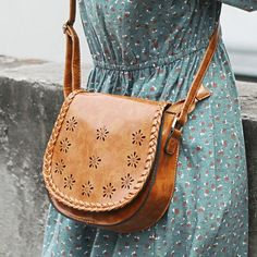 Retro Simple Weave Shoulder Bag