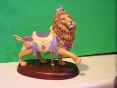 LENOX-LION-CAROUSEL-sculpture-NEW-in-BOX-Horse
