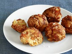 """Mama Kaye's Salmon Breakfast Croquettes Food Network Magazine secured this recipe right from the White House; it's an old favorite of the Obamas from the girls' godmother and family friend """"Mama Kaye"""" Wilson."""
