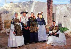 1133 SPAIN (Balearic Islands) - The traditional Ibiza women dress Spanish Costume, Ibiza Dress, Romance, Balearic Islands, Red Coral, World Cultures, Traditional Outfits, Catwalk, Spain