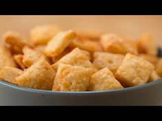 Easy Cheesy Crackers - http://www.wahmmo.com/easy-cheesy-crackers/ - - WAHMMO