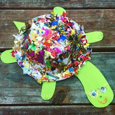 Rockstar Turtle... Brilliant fun to be had with some paper & a recycled plastic plate! Our turtle loves his bling  how-to in bio & below #kidscrafts #kidsactivities #recycled #learningthroughplay #playmatters