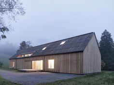 Сельский дом из шестидесяти деревьев в Австрии