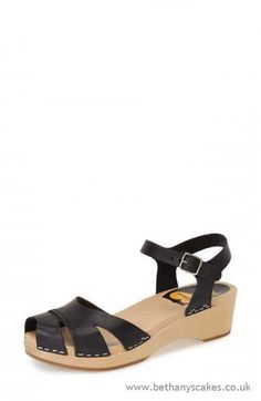 Womens - Swedish Hasbeens Suzanne Debutant Cross Strap Sandals 39 Black - H2D9073577