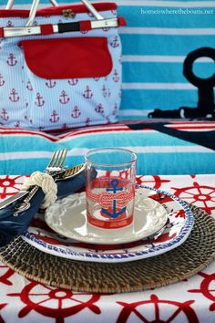 Anchors Aweigh and Nautical Fun on the Pontoon!   homeiswheretheboatis.net #boat
