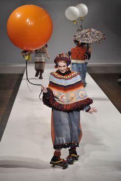 Momo Wang – Central St Martins BA Fashion Press show 20118