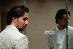 """British actor Gary Oldman on the set of the film """"Leon"""", directed by Luc Besson. Get premium, high resolution news photos at Getty Images Actor Gary Oldman, The Professional Movie, Luc Besson, Famous Pictures, Free Pictures, Fanart, Tim Roth, Kevin Spacey, The Best Films"""