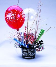 new year's centerpiece ideas | HAPPY NEW YEAR CENTERPIECE (HAT ONLY)